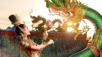 """อลังการ ปังมาก ชุดประจำชาติ """"พญานาค"""" ที่จะใช้บนเวที Miss Chinese World 2021"""