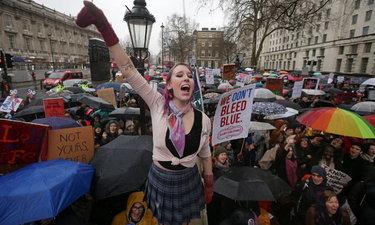 หญิงทั่วยุโรปเดินขบวนแสดงพลังต้าน 'ทรัมป์'