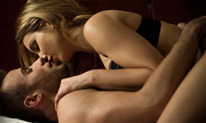 ออรัลเซ็กส์แบบไหน ที่จะกระตุ้นอารมณ์ผู้ชายให้เร่าร้อนจนแทบคลั่ง?