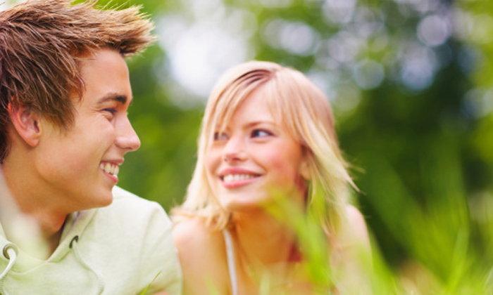 5 สัญญาณ ที่บอกให้รู้ว่า ผู้ชายมีใจให้