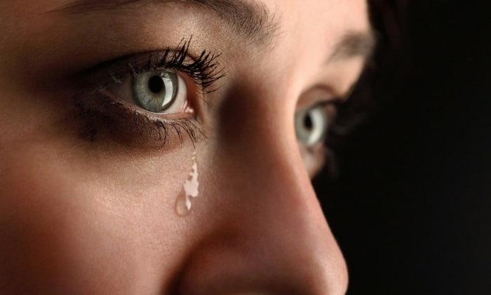 ร้องไห้ เป็นสัญญาณของความอ่อนแอจริงหรือ