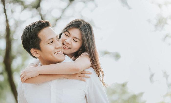 คุณติดแฟนมากไปไหม? 8 อาการนี้เช็คได้ ก่อนทุกอย่างสาย ความสัมพันธ์พังไม่รู้ตัว