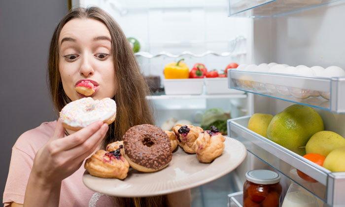 จริงหรือเปล่านะ 4 สาเหตุที่ทำให้กินเท่าไหร่ก็ไม่อิ่มสักที