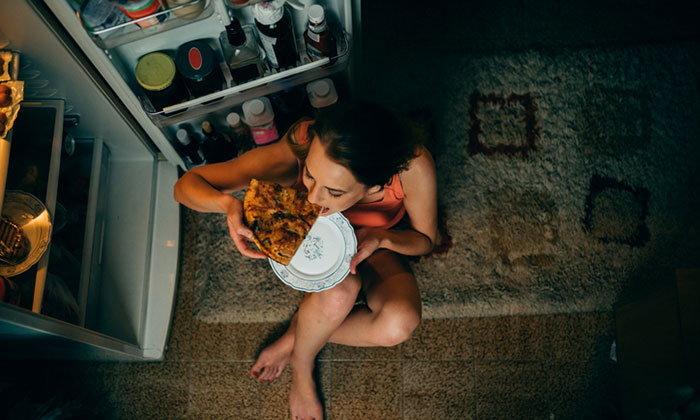 ผลเสียของการกินดึก ไม่อยากสุขภาพพัง รีบแก้โดยด่วน