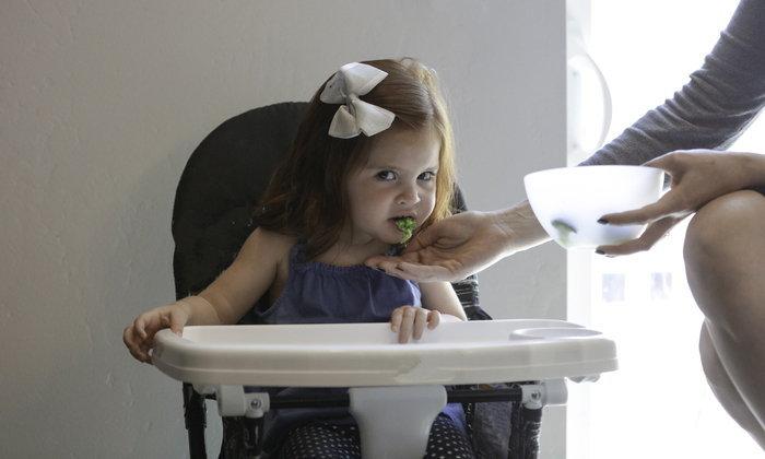 ลูกเลือกกิน เป็นเด็กกินยาก จัดการอย่างไรให้อยู่หมัด