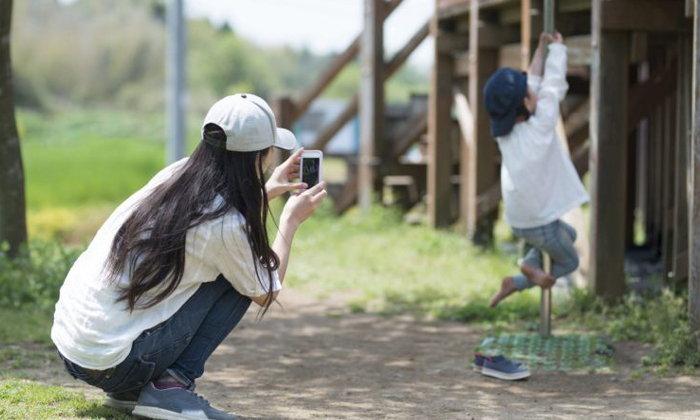เอารูปลูกลงโซเชียล = อันตราย? คนญี่ปุ่นคิดว่ายังไงกันนะ?