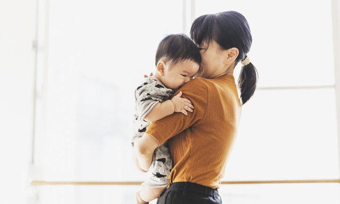 7 ประโยชน์ของการกอดลูกบ่อยๆ ให้อะไรมากกว่าที่คิด