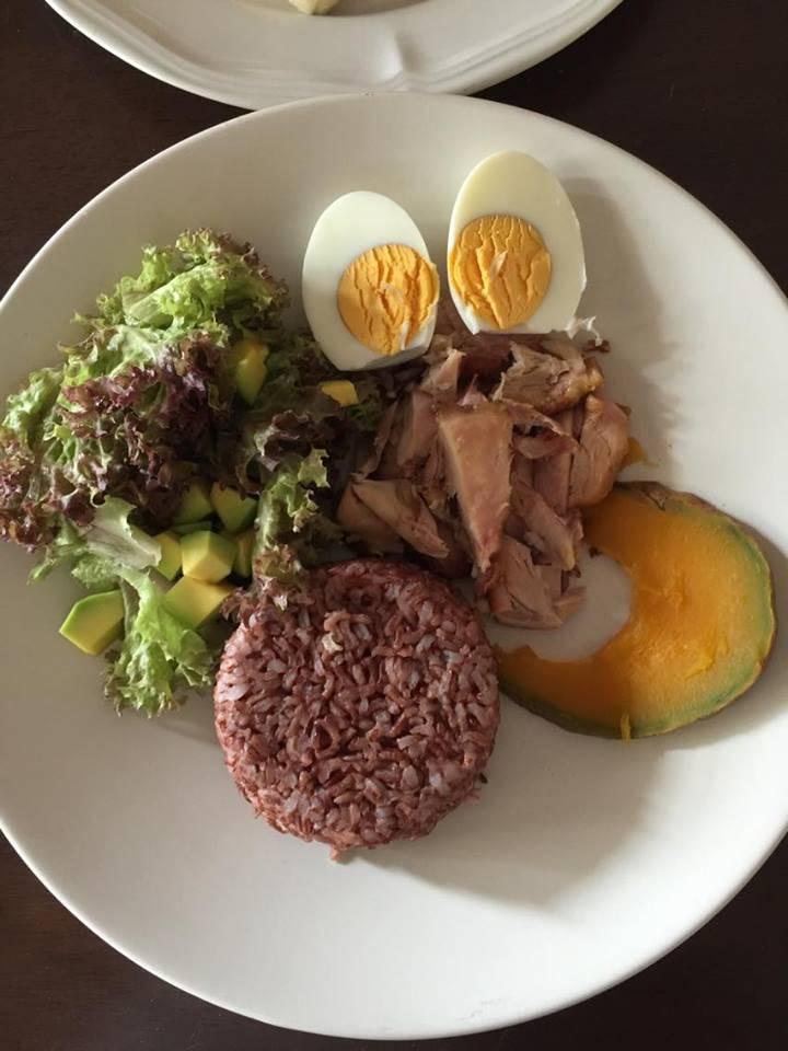 อาหารคลีน เมนูอาหารคลีน ข้าวคลุกอโวคาโด สับปะรด อกไก่