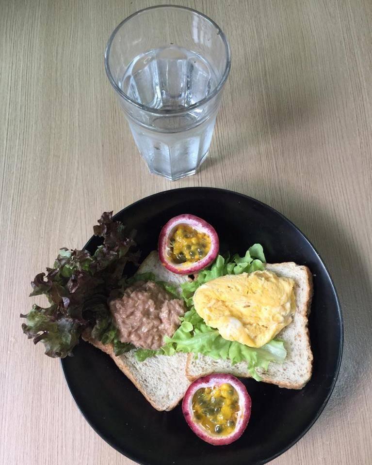 เมนูอาหารคลีน ขนมปังทูน่า