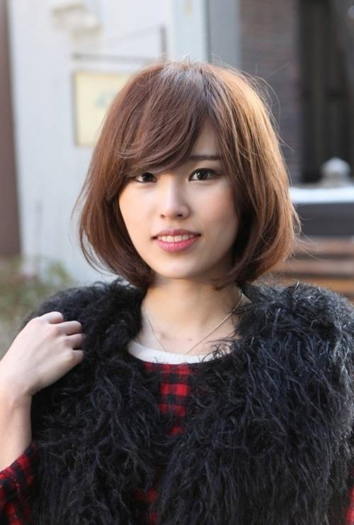 1451990553 asian short hairstyles with side swept bangs