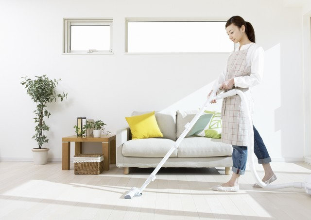 1513730650 house cleaning