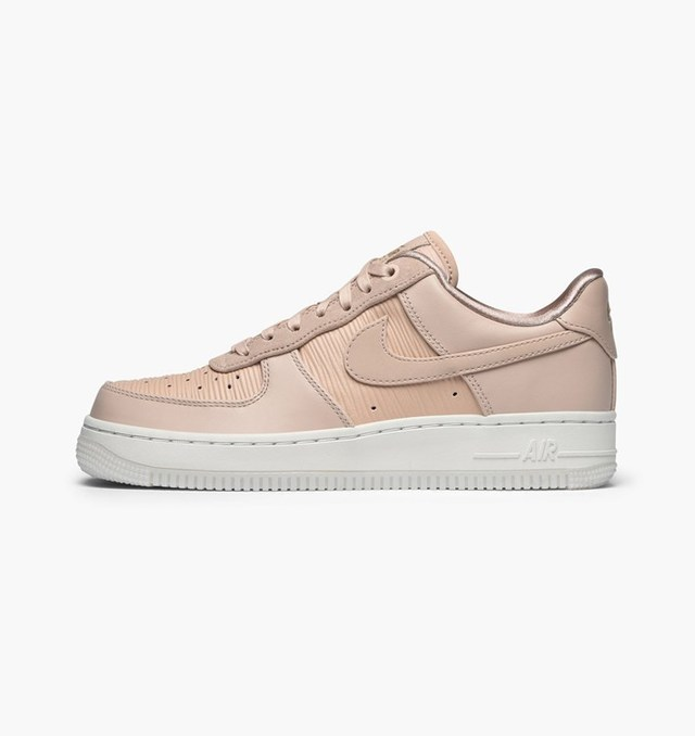 1515731763 nike air force 1 07 lux 898889 201 particle beige