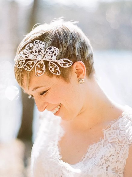 Pixie wedding hairstyle with a headband