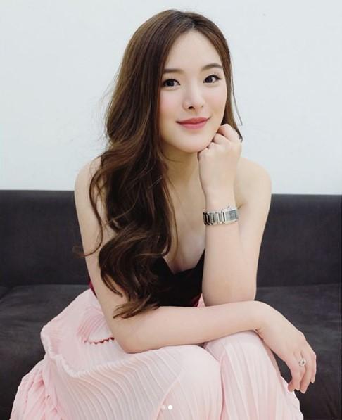 รวมรูปภาพของ จมูกใหม่ สวยเข้าที่ ปันปัน สุทัตตาในวัย 20 ปี โตเป็นสาวสะพรั่งเต็มตัว รูปที่ 18 จาก 26
