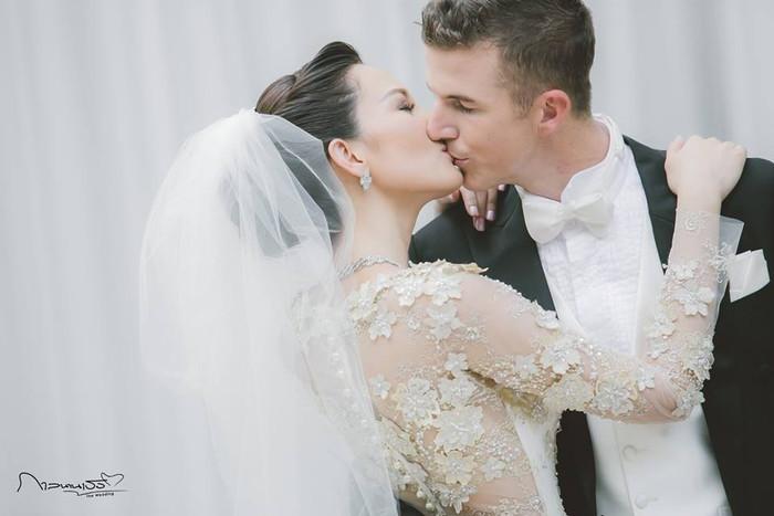 ชุดแต่งงาน ชาม ไอยวริญท์